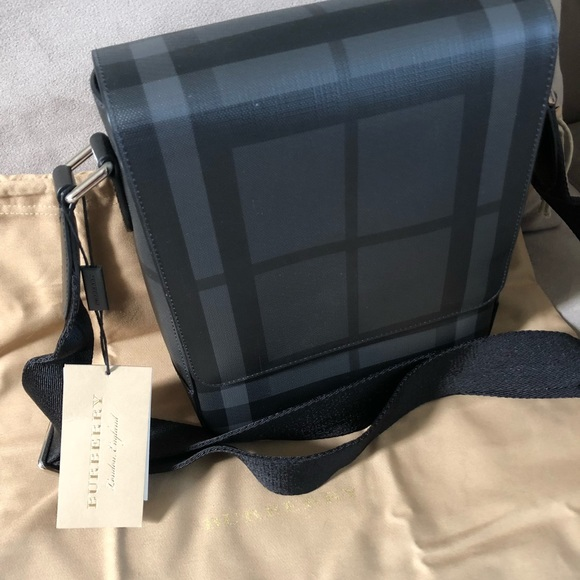 60542d852a22 Burberry London check collection